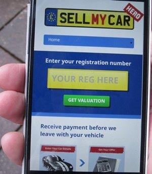 SellMyCarHero-phone-web